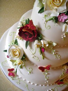 red fleur by nice icing, via Flickr
