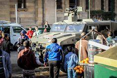 L'Union européenne et la France complices de la répression en Égypte | Amnesty International France - Les transferts d'armes vers l'Egypte sont censés être suspendus depuis août 2013. Les violences commises à plusieurs reprises contre des manifestants à l'aide de ces armes ont justifié cette décision. - Manifestation pro-régime suite à l'attaque terroriste du 24 janvier 2014,  24 janvier 2014, Le Caire, Egypte @Vinciane Jacquet