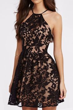 STYLE INFORMATION: You're definitely going to stop some hearts from beating in the Heartbreaker Backless Lace Dress! Sweetly sexy plunging deep V neckline (trimmed in eyelash lace), and the ever sweet Pretty Dresses, Sexy Dresses, Casual Dresses, Short Dresses, Formal Dresses, Outfit Vestido Negro, Uniqlo Women Outfit, Fiesta Outfit, Casual Belt