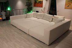 Sofa pit! It looks so comfy :D