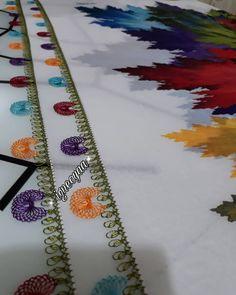 Pazar keyfinden herkese selamlar  gönderilmiş  olan siparişlerimden  galerimde bulunan pozlar 😉. . . #igneoya#igneoyasiyazma#igneoyasevenler#örnek#model#foto#yakınçekim#englishhome#kadrajturkiye#objektifimden #madamecoco#pinterest#sunum#iğne Needle Lace, Baby Knitting Patterns, Knots, Birds, Instagram, Hand Embroidery, Silk, Embroidery, Bird
