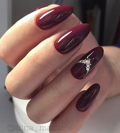 70 Trendy Burgundy Nails Designs Ideas You Definately Have to Try Burgundy nail art designs have become people's favorite. Burgundy color has become one of the most popular colors. Women who choose this color do not want to have bright and gorgeous nails, Burgundy Nail Designs, Burgundy Nail Art, Burgundy Wine, Burgundy Color, Red Stiletto Nails, Red Acrylic Nails, Dark Red Nails, Coffin Nails, Maroon Nails