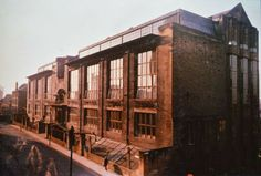 The Mac Photographic Archive wants to create a lasting image-based memory of the building adored by so many Glasgow Architecture, School Architecture, Glasgow School Of Art, Art School, Mackintosh Design, Art Nouveau, Art Deco, Moving Photos, Charles Rennie Mackintosh
