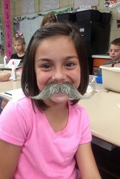 Technology Tailgate: We Moustache Photo Apps!