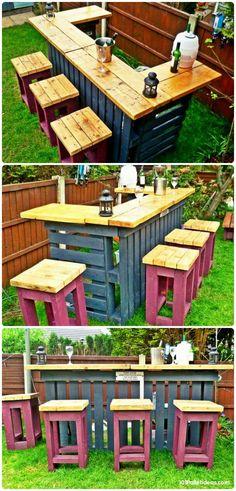 ideas for pallet outdoor furniture diy bar ideas Pallet Furniture Designs, Pallet Garden Furniture, Wooden Pallet Projects, Pallet Designs, Reclaimed Wood Furniture, Pallet Crafts, Wooden Pallets, Cafe Furniture, Furniture Ideas