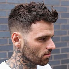 Thick Hair Receding Hairline Awesome 12 Short Wavy Hairstyles for Men – Best Haircuts for Guys with Round Faces