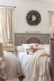 FRENCH COUNTRY COTTAGE: Christmas in the little cottage Mooi verstilde slaapkamer
