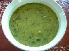 Enjoy Indian Food: Methi chi PataL Bhaaji - Fresh Fenugreek Leaves Curry