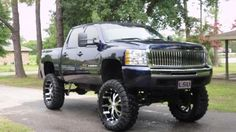 Lifted Chevy's <3
