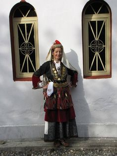MACEDONIAN CLOTHES - AKATHIA IMATHIAS - GREECE   ΑΓΚΑΘΙΑ ΗΜΑΘΙΑΣ. Alexander The Great, Macedonia, Headpiece, Greece, Goth, Costumes, Traditional, Clothes, Dresses