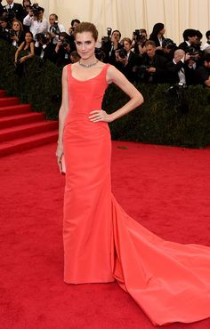 Allison Williams at the Met Ball 2014.  Simple, classic.  Crushed it.