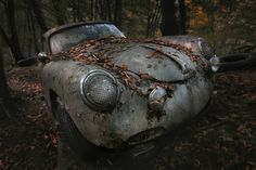 Once upon a time... Porsche 356.  Waiting to be restored.  If you have a vintage Porsche that you're looking to sell, regardless of condition, PLEASE CALL US NOW AT 310-975-0272