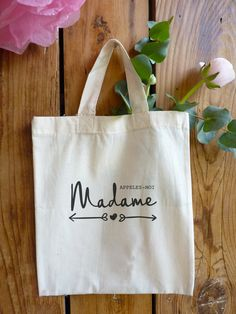 cotton bag call me Madam 2 models by latelierinspire on Etsy Sacs Tote Bags, Diy Tote Bag, Reusable Tote Bags, Wedding Bag, Wedding Prep, Tod Bag, Favor Bags, Creative Gifts, Cotton Tote Bags