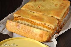 Prajitura turnata cu dovleac   Retete culinare cu Laura Sava - Cele mai bune retete pentru intreaga familie Hot Dog Buns, Deserts, Food And Drink, Sweets, Bread, Meals, Vegan, Kiwi, Cooking