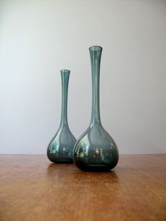 Pair of Mid Century Gullaskruf Glass Vases Arthur Percy by luola