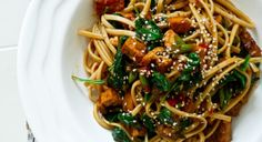 Udon Noodle Stir-Fry with Spinach and Marinated Tofu