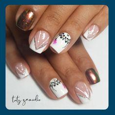 "252 Me gusta, 1 comentarios - Taty Zamudio (@funnailstatyz) en Instagram: ""Lo clásico nunca pasara de moda 😍 . . #armeniaquindio #funnailstatyz #nailart #nails #nailsadict…"" Nailart, Short Nail Manicure, Nail Designs, Nail Art, Gel Nails, Hair, Make Up"