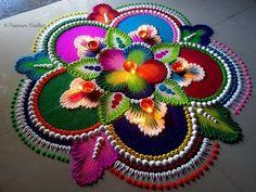 Big, colorful and attractive rangoli for Diwali Rangoli Designs Simple Diwali, Easy Diwali Rangoli, Indian Rangoli Designs, Rangoli Designs Latest, Rangoli Designs Flower, Free Hand Rangoli Design, Small Rangoli Design, Rangoli Patterns, Colorful Rangoli Designs