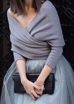 Off-shoulder blanket-wrapping sweater #fall