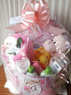 145 best cestas mer images on pinterest gift baskets buttons and presents - Patitos de goma para el bano ...