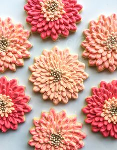 Whipped Bakeshop's custom flower cookies Inquire today for cookie favors! We… Whipped Bakeshop's custom flower cookies Inquire today for cookie favors! We ship cookies across the United States Thanksgiving Cookies, Fall Cookies, Iced Cookies, Royal Icing Cookies, Cupcake Cookies, Heart Cookies, Valentine Cookies, Easter Cookies, Birthday Cookies