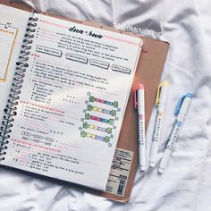 Discover recipes, home ideas, style inspiration and other ideas to try. College Note Taking, College Notes, School Notes, College Life, Class Notes, Pretty Notes, Cute Notes, Good Notes, Science Notes