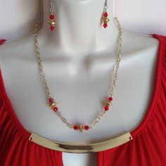 Red Swarovski Crystal Necklace and Earring set, Two tone Gold and Silver Necklace, Gold chain, Minimalist style, evening or Holiday wear - pinned by pin4etsy.com