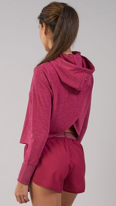 No need to compromise on style - we've got you covered. Perfect for throwing on to and from they gym with your favourite Gymshark leggings, the Cross Back Hoodie comes complete with a unique cross back design, raw edges and longer ribbed cuffs. Coming soon in Beet.