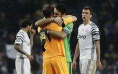 @Juventus Gianluigi #Buffon e Iker #Casillas #ForzaJuve #FinoAllaFine #9ine