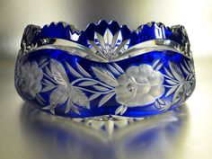 Blue Crystal Cut-Glass Bowl - Etched Flowers and Designs Cut Glass Vase, Cobalt Glass, Glass Art, Cobalt Blue, Crystal Glassware, Crystal Vase, Crystal Lights, Fenton Glass, Antique Glass