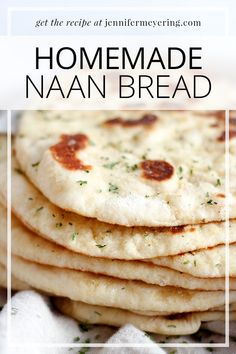 Homemade Naan - Just a few simple ingredients and yo can make naan yourself to enjoy with all your favorite Indian dishes! Top Recipes, Indian Food Recipes, Dinner Recipes, Cooking Recipes, Drink Recipes, Bread Recipes, Easy Recipes, List Of American Foods