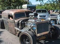 rat rod #diesel #trucks Rat Rod Cars, Hot Rod Trucks, Big Trucks, Dually Trucks, Old Race Cars, Us Cars, Custom Muscle Cars, Custom Cars, Rat Rod Build