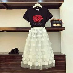 Blind for Love Flower Embroidery T-shirt + Organza Ball Gown Skirt Korean Girl Fashion, Teen Fashion, Fashion Outfits, Prom Dresses Blue, Casual Dresses, A Line Skirt Outfits, Fashion Illustration Dresses, Modest Fashion, Pretty Outfits