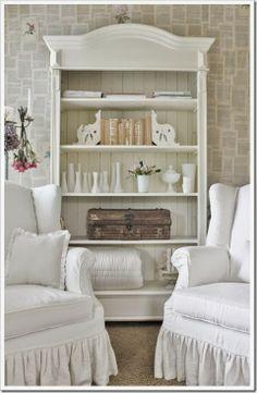 Master Bedroom / Sitting Room / Nook / Annie Sloan Painted Bookshelf