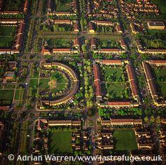 Milton Keynes, shows housing and its grid system, Buckinghamshire ...
