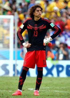 2fae15e11e7 Guillermo Ochoa Photos Photos: Netherlands v Mexico: Round of 16 - 2014 FIFA  World Cup Brazil