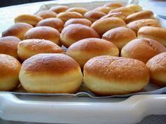 Crofne, reteta culinara de gogosi ca in Banat. Reteta culinara cu poze de gogosi pufoase. Gogosi pufoase, cum se fac? Crofne - gogosi - goale pe dinauntru, reteta Romanian Food, Doughnuts, Muffins, Food And Drink, Sweets, Bread, Desserts, Christmas, Recipes