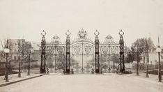 Charles Marville - Vues du Paris d'Haussmann Musee Carnavalet, Old Paris, Old Photography, Outdoor Lighting, Taj Mahal, Album, Snow, France, Culture