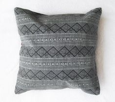 """T r i b a l E t h n i c 1 6"""" C u s h i o n C o v e r  Decorative pillow *BARGAIN!*  A beautiful cushion cover with vintage tribal ethnic fabric, it"""