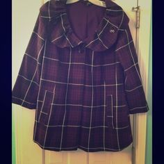 Adorable Purple Plaid 3/4 sleeve jacket Make a statement in this plaid jacket! Feel like an urban princess with its one button closure and button detailing on the collar. 2 pockets, 3/4 sleeves.Great condition. 65% polyester, 35% rayon, machine wash cold Zinc Jackets & Coats Pea Coats