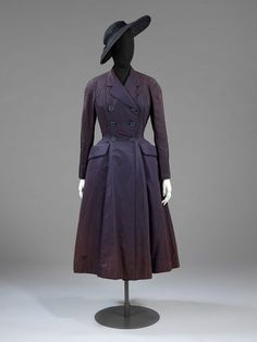 Coat of dark blue-purple silk, New Look, Christian Dior, 1947.