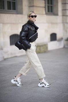 Get the shoes for $750 at eu.louisvuitton.com - Wheretoget