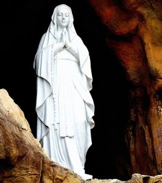 Our Lady of Lourdes by BillboTex, via Flickr
