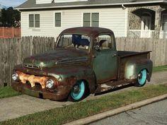 rat rod trucks and cars Rat Rod Trucks, Rat Rods, Chevy Trucks, 1951 Ford Truck, Ford Truck Models, Truck Drivers, Pickup Auto, Rat Rod Pickup, Old Pickup