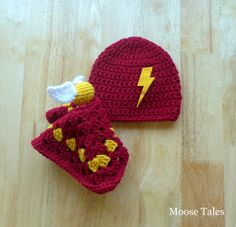 Hey, I found this really awesome Etsy listing at https://www.etsy.com/listing/245596548/harry-potter-baby-set-harry-hat-potter