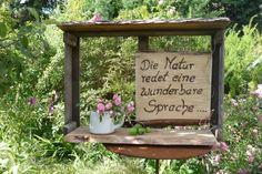 Was man aus alten Dingen alles machen kann.....Garten-alte Zwiebelkiste-Wanddekoration♥ von Holz- Kreativ auf DaWanda.com