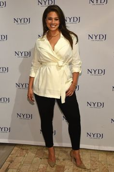 Ashley Graham Fotos Fotos – Model Ashley Graham besucht die NYDJ 2016 Fit To B - Another! Flattering Plus Size Dresses, Flattering Outfits, Curvy Outfits, Plus Size Outfits, Fashion Outfits, Womens Fashion, Ashley Graham Style, Ashley Graham Outfits, Vetements Clothing