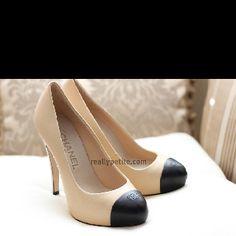 Beautiful Chanel pumps