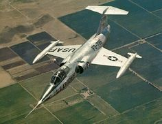 F-104 Starfighter - CUZ YA NEVER KNOW WHEN THOSE PESKY STARS ARE GOING TO PICK A FIGHT