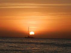 Bom fim de semana e boas viagens! #viajantesdubbi Foto da nossa viajante Amaranta Damous Ibiza. - http://ift.tt/1HQJd81